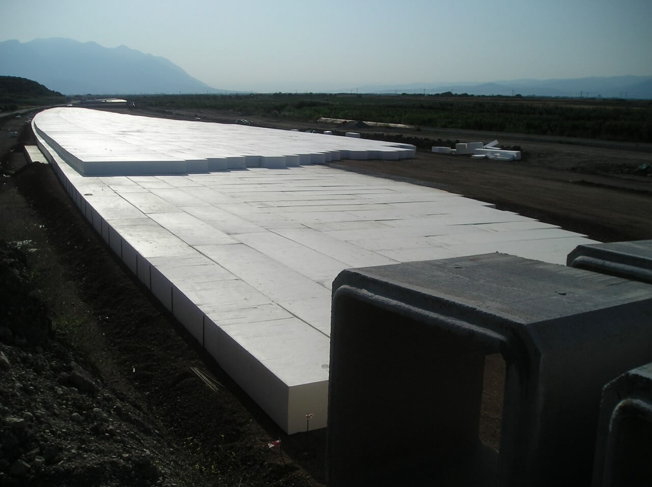 Geofoam sheets for construction